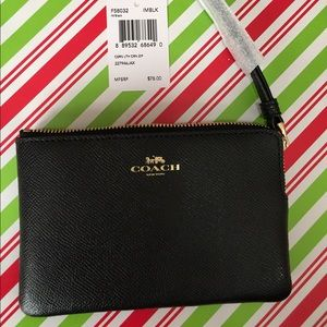 New black coach wristlet